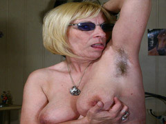 Mature Blondie Display Her Hairy Armpit