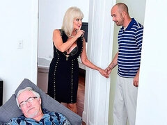 Granny Leah L'Amour cucks her hubby with a younger dude
