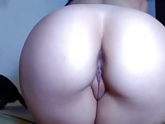 Tatooed babe big round ass chubby cameltoe pussy doggy