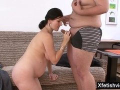 Dark Haired Lady pregnant hard core with facial