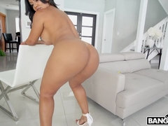 Rose Monroe's Magnificent Assets