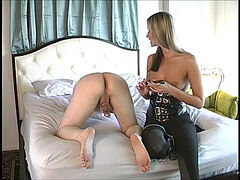 Maitresse Give a amazing guts rubdown