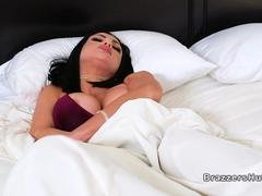 Huge boobs wife bangs in her bedroom