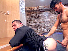 super-fucking-hot stud Jean Franko nailing Isaac Eliad in a pool