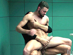 muscled Thomas Friedl shows perp police breeding