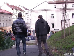 Gay dude picks up hetero tourist in Prague