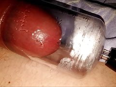 PLAY WITH MY PENIS PUMP AND CUM