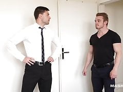 Hot Real Estate Agent & I Barebacked Him During Visit