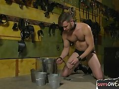 Maledom master edging his slave