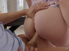 Wicked curvy Lena Paul spreads for an ass fucking