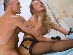 Pumped physician assfucks Cali Carter helping overcome boredom