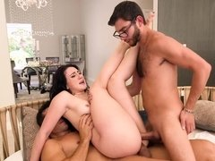 Mandy Muse does double barrel bj & gets double penetrated for her bday