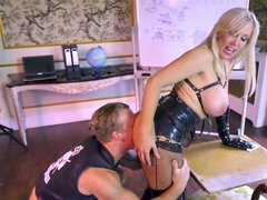 Both of them are horny, love black leather and hard fucking