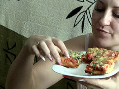 Chewing Pizza (Blonde Stories)