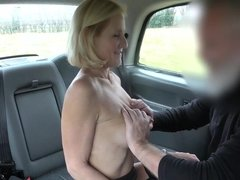 Molly Milf giving bj & rimjob & fucks the cab driver