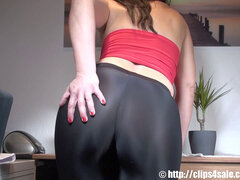 thick ass mummy moans and cums in latex